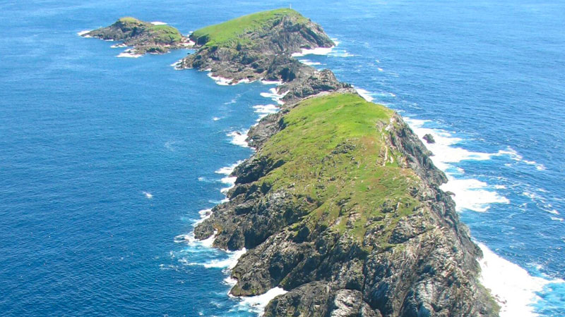 North-Solitary-Islands